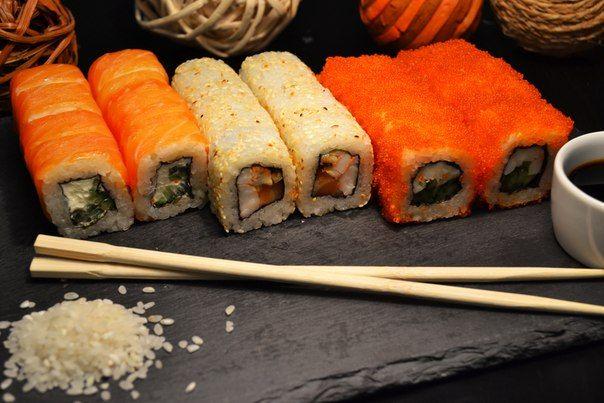 Популярные суши…Суши едят даже тети — БУДЬ В ТЕМЕ