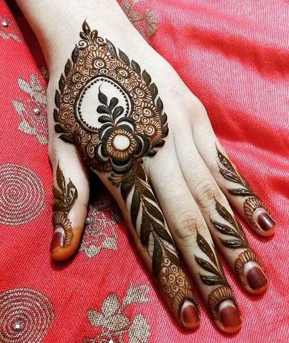 Heavy Mendhi Design For Back Hand