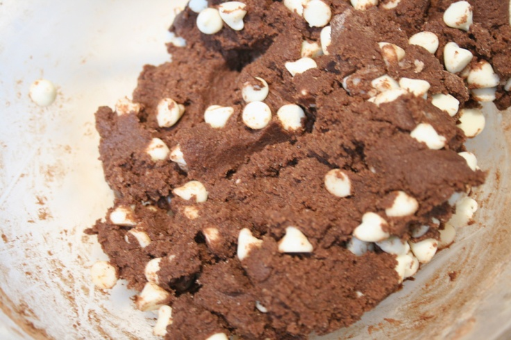 Looking for the best chewy chocolate cookie recipe? You've come to the right place!