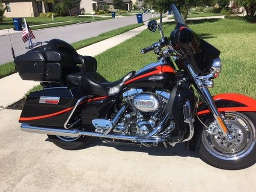 2007 Harley Davidson Ultra Classic CVO, Price:$15,000. Parrish, Florida #harleydavidsons #harleys #ultraclassic #cvo #motorcycles #hd4sale