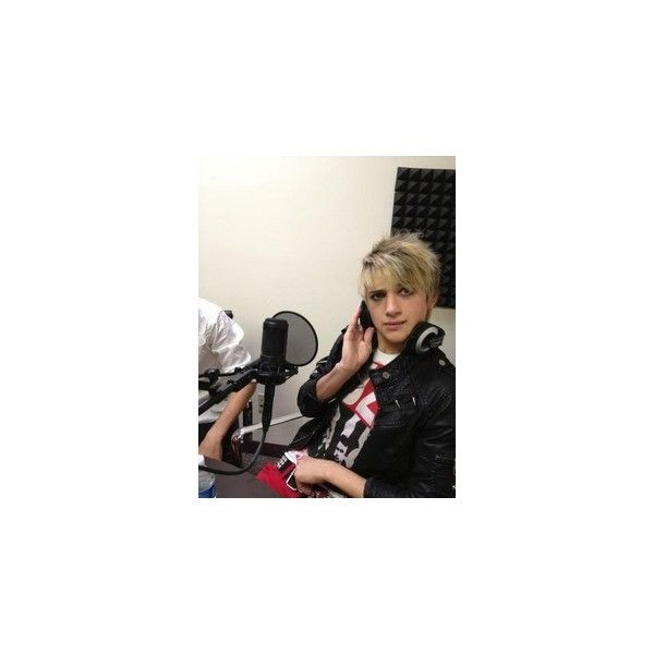 IM5 ❤ liked on Polyvore featuring im5, dalton rapattoni, boys and people