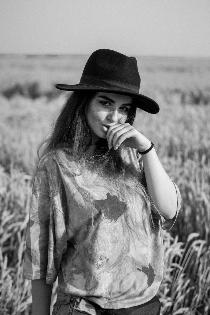 romanian girl #portrait #hat #summervibe #artsy