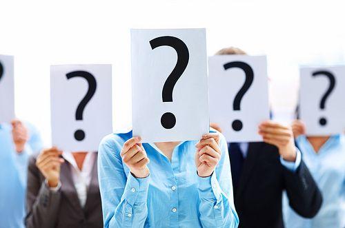 Pytania Wiele klientów interesuje emerytura ZUS I nie ma w takim nic dziwnego. W końcu każdy z nas może być albo będzie emerytem. Niestety emerytura ZUS może być uwarunkowana od wielu przepisów, które stale sięzmieniająi trudno jest podaćdokładne kwoty na jakie można liczyć. Zachęcamy więc dozajrzenia...