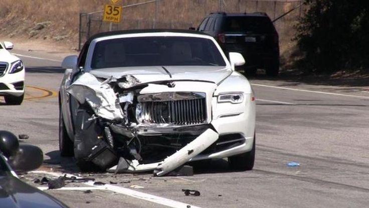 Kris Jenner injured in car crash – Kylie Jenner