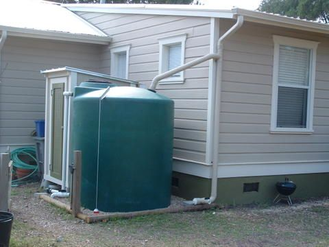 A dry system rainwater collection system where the pipes dry out after a rain event