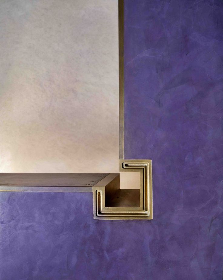 Banca Popolare, Verona, 1973-8, detail of the square brass joint in the inner corner of the violet-coloured upper wall