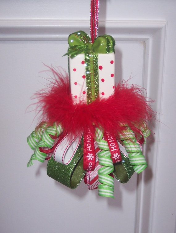 17 best images about tassels tassels tassels on pinterest for Cute christmas decorations