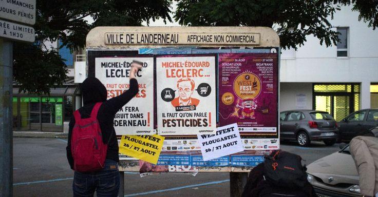 Michel-Edouard Leclerc, il faut qu'on parle pesticides - Depuis ce matin 5h, le petit village breton de Landerneau dans le Finistère revêt un tout autre visage : celui de Michel-Edouard Leclerc. Action à Landerneau, dans la ville natale de Michel-Edouard Leclerc © Alg /greenpeace