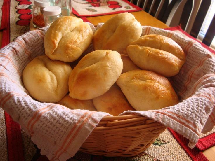 Papo Secos (Portuguese Bread Rolls) Delicious!