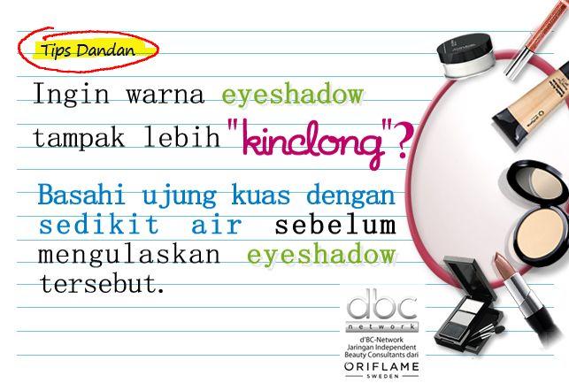 Tips agar wana eyeshadow lebih kinclong..
