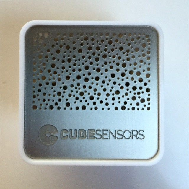 """""""Nice little monitor for checking the air quality in your house and when to open a window from @cubesensors"""""""