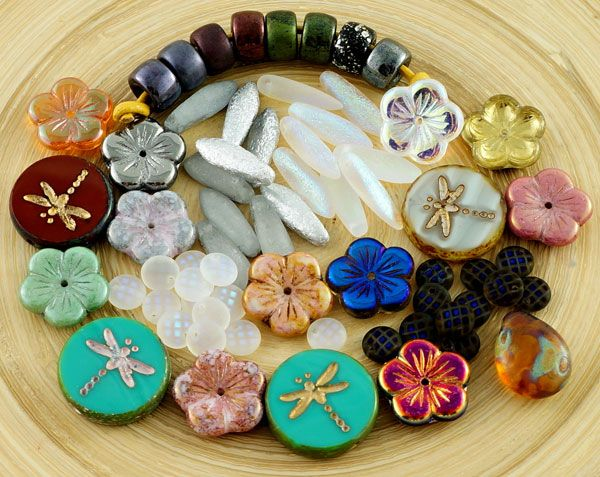 Dear beaders! We are very happy to add to our bead assortment: Large Flat Flowers Lentils Flat Teardrops Etched Daggers Large Hole Pony Beads Table Cut Coin Dragonflies Small Baby Spikes Rare Large Flat Propellers And other New Czech glass beads Please feel free to askabout any Czech glass beads [...]