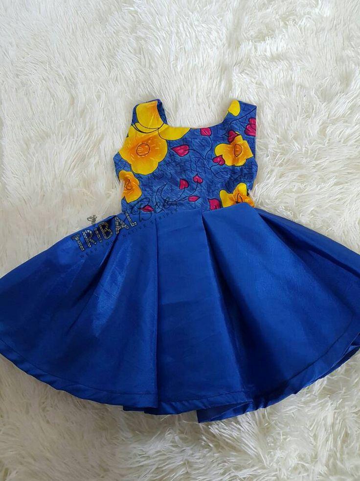 Impresión de girasol y las niñas de Satén azul vestido