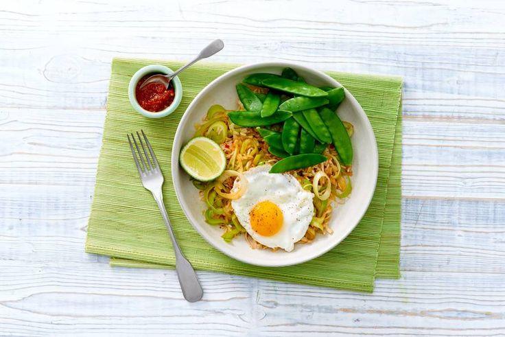 Nasi met witte kool en een gebakken ei - Recept - Allerhande - Albert Heijn