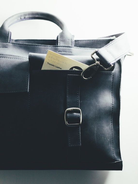 $189 Mens portfolio from Antique Grain Leather. by TropaeisLeather
