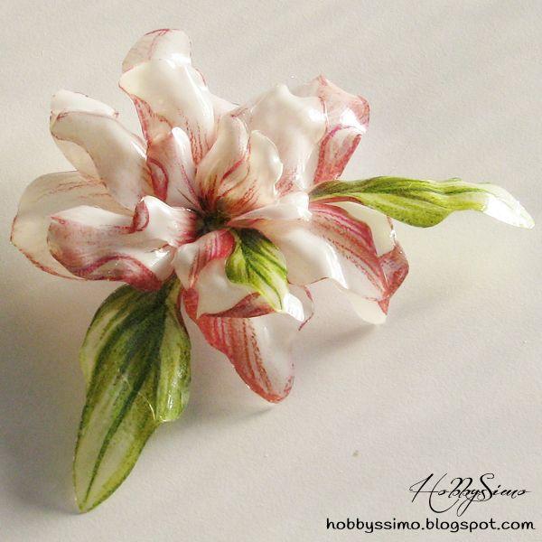 HobbysSimo: Spilla a fiore con tecnica del sospeso trasparente - Il premio del mio primo giveaway