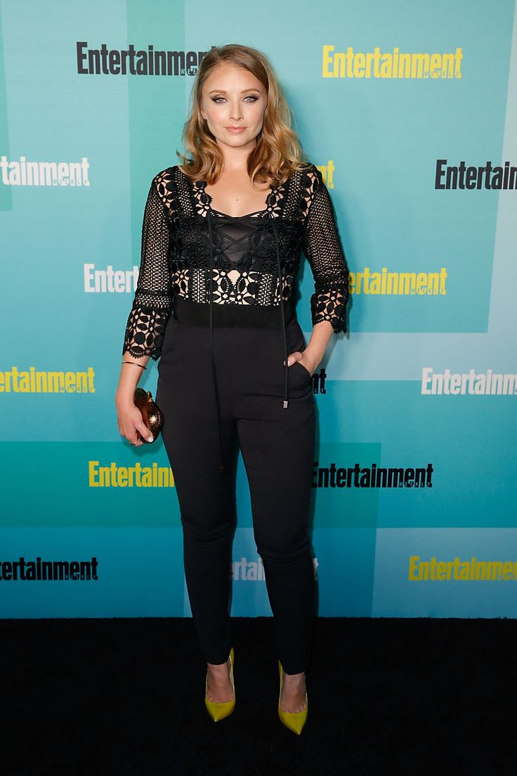 Elisabeth Harnois attends Entertainment Weekly's party at Comic-Con 2015 elisabeth-harnois.jpg (2000×3000)