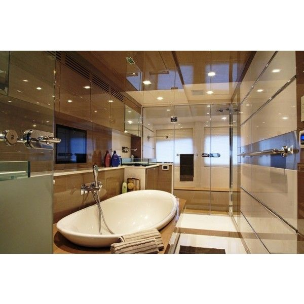 Motor Yacht Noor Master Bathroom Luxury Yacht Charter