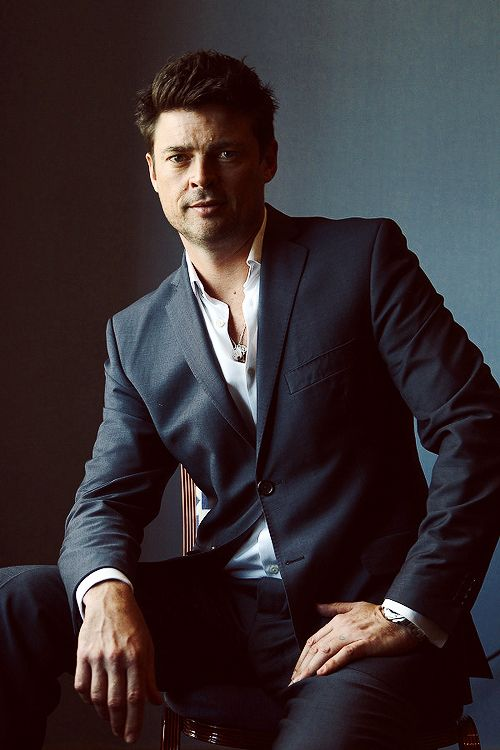Karl Urban - hello fellow kiwi. Saw you first in LOTR and I was officially urbanized <3