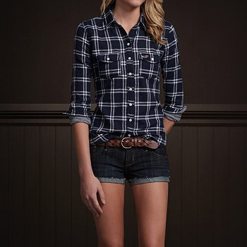 Would be cute with jeans, brown riding boots, and a big chunky necklace!