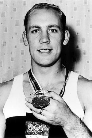 Willi Holdorf | Bei seinem letzten Zehnkampf gewann Willi Holdorf olympisches Gold. Er ...1964 i Tokyo.