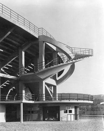 Stadio Comunale Giovanni Berta, Florence (1932) | Architect : Pier Luigi Nervi | Photographer : Ferdinando Barsotti / RIBA Collections