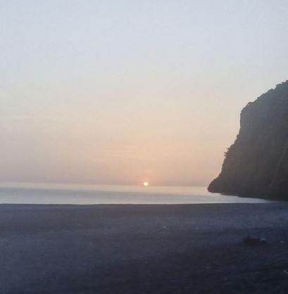 Παραλία Πετάλη: Όταν ο ήλιος βγαίνει από την θάλασσα! Φωτογραφίες