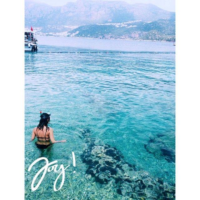 @pinaryal on instagram