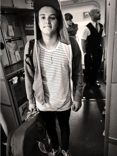 Arriving in America 2014-The Vamps (Brad)