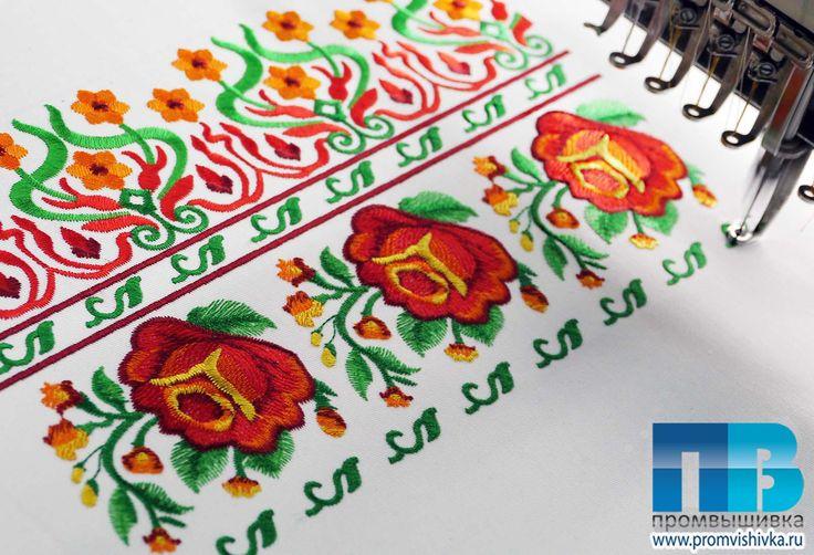 Вышивка цветов на льняной ткани