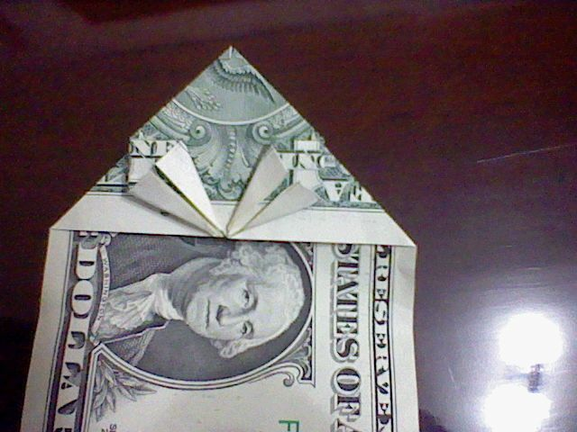 How to fold an origami heart. Heart Made Of Money - Step 11