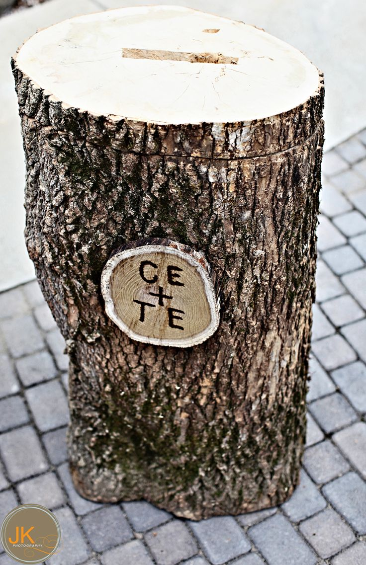 Tree stump ideas for wedding - Find This Pin And More On A B Wedding Ideas Cute Tree Trunk