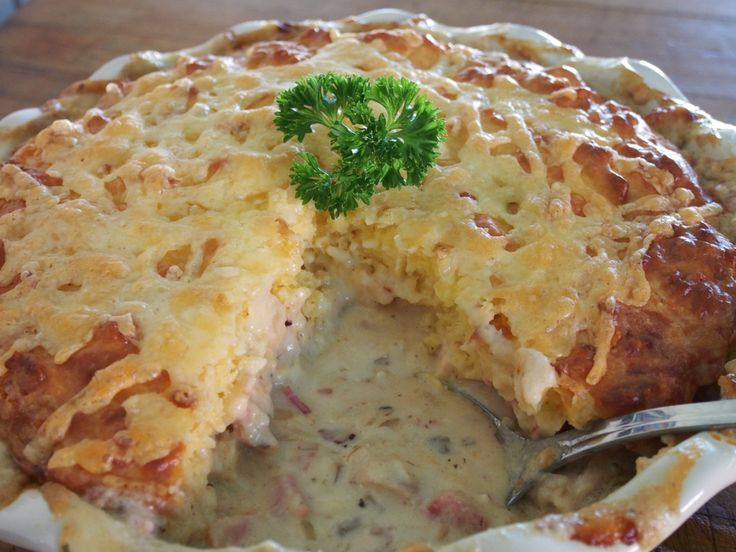 Chicken Casserole with Cheesy Damper Top  Read more at: https://www.stayathomemum.com.au/recipes/chicken-casserole-with-cheesy-damper-top/