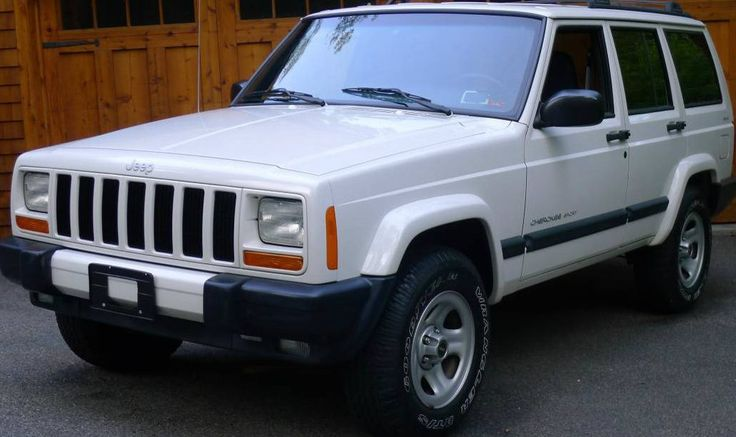 4,500 Miles from New: 2000 Jeep Cherokee Sport - http://barnfinds.com/4500-miles-new-2000-jeep-cherokee-sport/