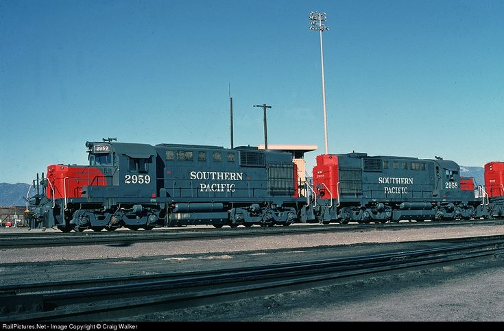 RailPictures.Net Photo: SP 2959 Southern Pacific Railroad Alco RSD-12 at Bloomington, California by Craig Walker