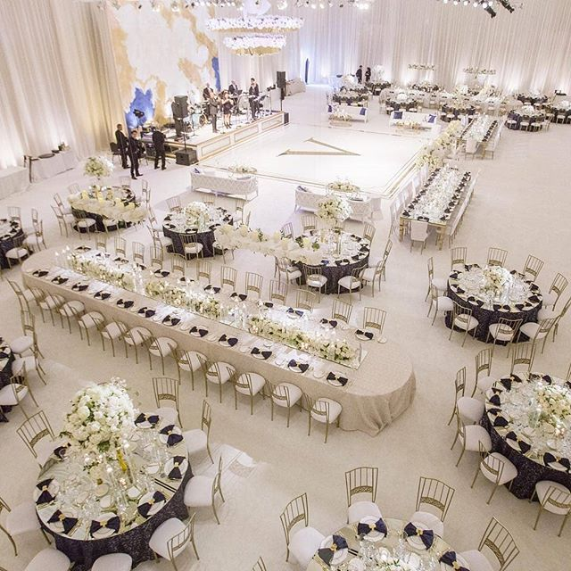 Regram Detailssamantha A Bird S Eye View Of This Lovely Reception Featuring Our Go Wedding Table Layouts Wedding Table Setup Wedding Reception Tables Layout