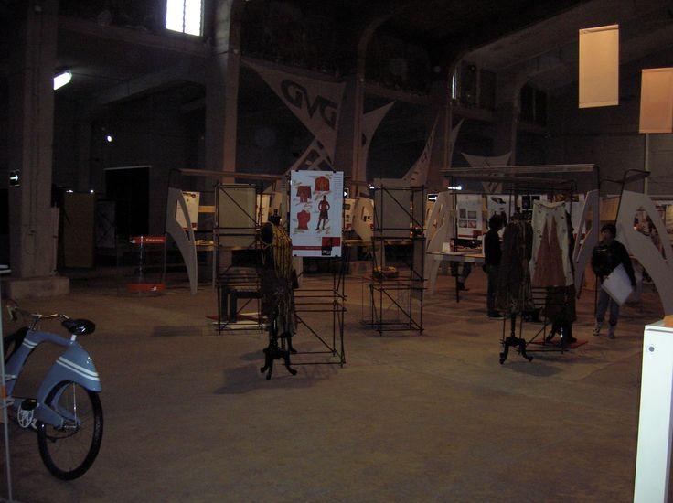 https://flic.kr/s/aHskZ9bdu3 | Exposición ZONA DE DISEÑO 2006 | Participación de Massdesign, como expositor, en la Exposición Zona de Diseño 2006, por invitación de Alejandro Rodríguez.