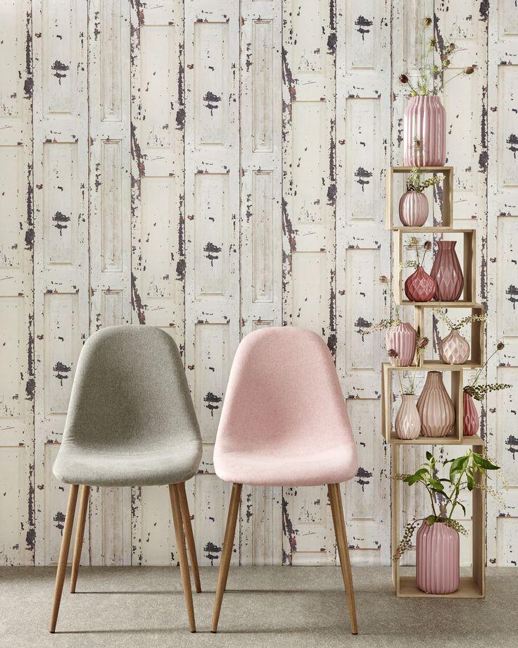 Combineer de kleur van je meubelen met je woondecoratie en creëer zo een fijn, gezellig hoekje :) #wonen #interieur #kwantum #stoellonden #woondecoratie