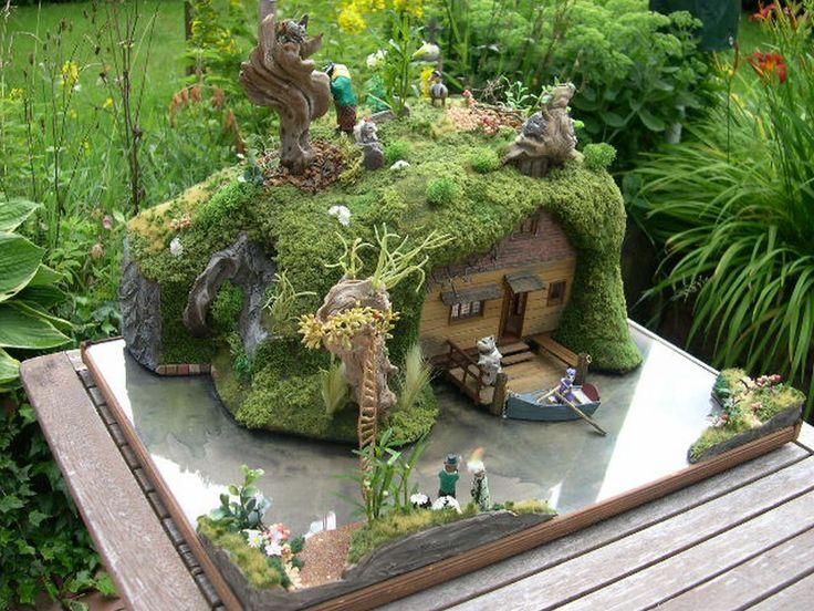 1 24 Scale Mouse House On A Lake Miniature Inspiration