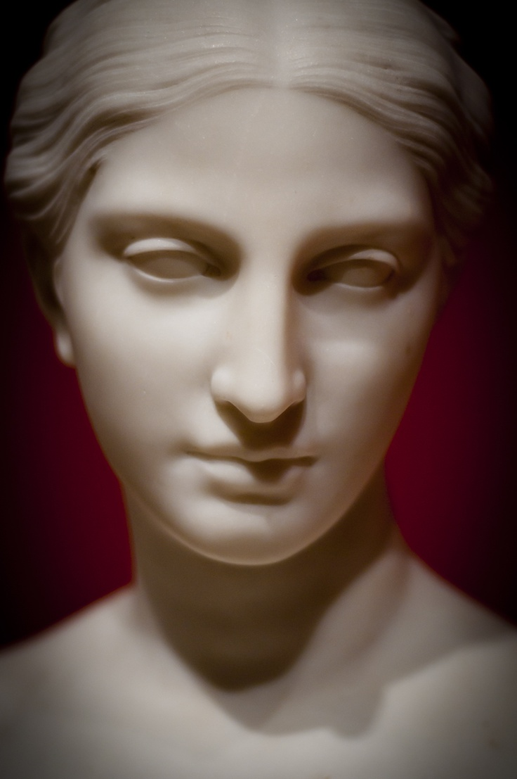 Neo classical sculpture at the Chrysler Museum in Norfolk VA. Custom photography from Patty McGuire of PattyMac Photos