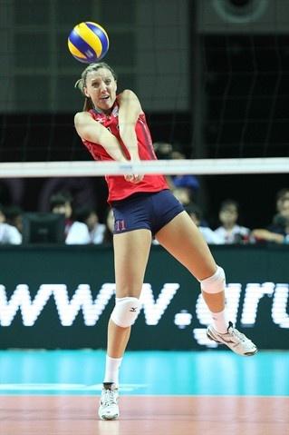 Spotlight: Jordan Larson - Volleyball Slideshows | NBC Olympics