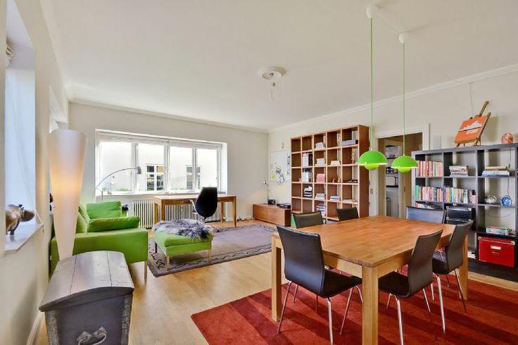 Nice Copenhagen apartment at Svanemøllen station. 69 sqm apartment at Strandvejen, Hellerup, Copenhagen