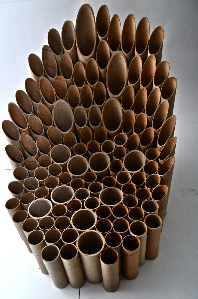 Alucinante silla hecha con residuos de bobinas de papel, y por lo visto ¡es muy cómoda!. Silla Plotter / María Jesús Parot (13)