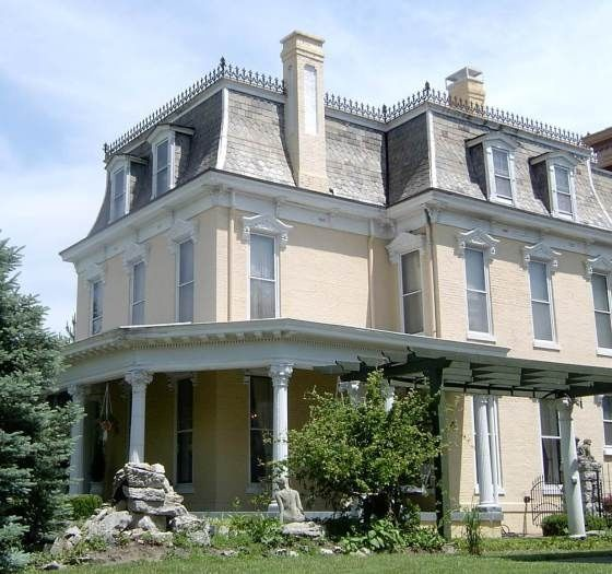 Best 25 mansard roof ideas on pinterest house porch for Mansard roof pros and cons