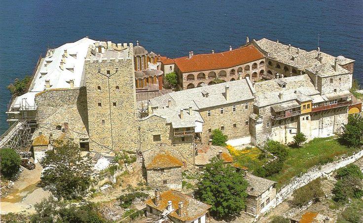 Η Ιερά Μονή Παντοκράτορος. Πανοραμική άποψη - A panorama of Pantokratoros's Monastery