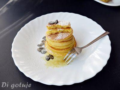 Di gotuje: Placki z jogurtem gruszkowym i olejem z pestek dyn...