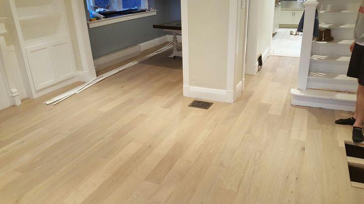Engineered white oak #hardwoodfloors #hardwoodflooring #flooring #toronto #torontobuilds #king #luxury #instagood #artflooring #parqueteam #canada #canadian #house #mississauga #ontario #vaughan #thornhill #demolition #construction #contractor #laminate #contractorlife