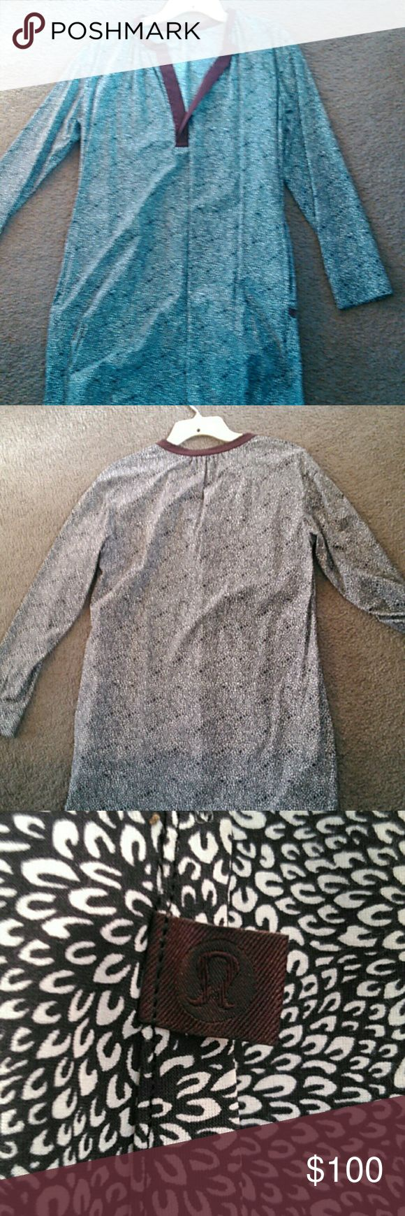 Lululemon dress Excellent condition Lululemon long sleeved dress, love it! I might keep lululemon athletica Dresses