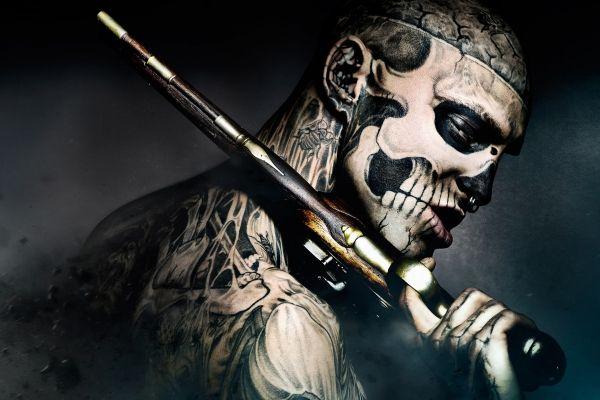Картинки 47 ronin, freak, кино, пистолет, татуировки, фрик, парень