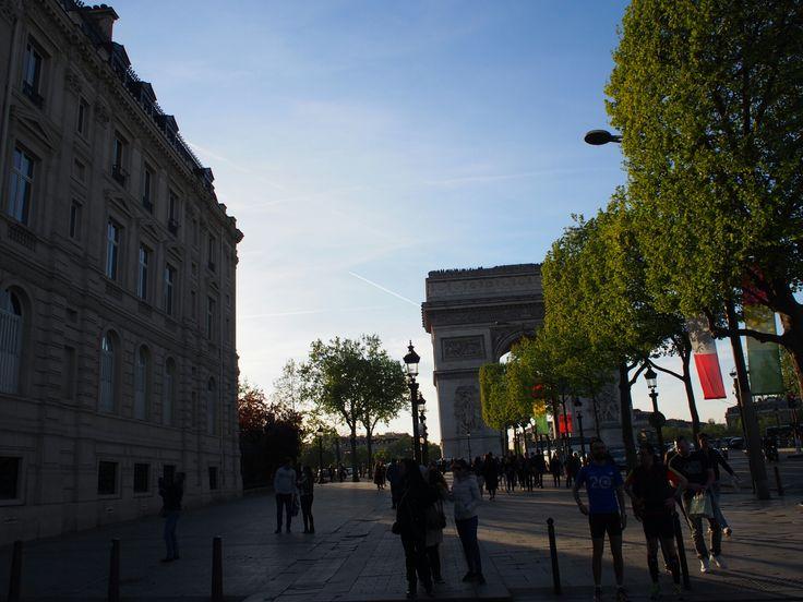 Paris シャンゼリゼ通り